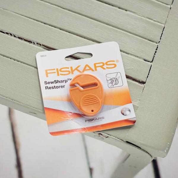 Fiskars-Sew-Sharp-Restorer