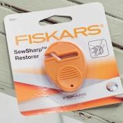 Fiskars-Sew-Sharp-Restorer2